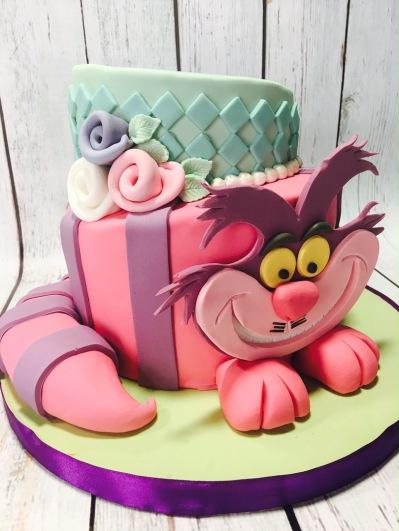 Tartas personalizadas madrid, tartas decoradas madrid, tartas fondant madrid, tartas infantiles, tartas cumpleaños, tarta alicia en el país de las maravillas