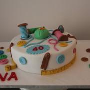 Tarta costura, Tartas personalizadas madrid, Tartas decoradas madrid, tartas fondant madrid