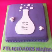 Tarta Erlenmeyer, tartas decoradas madrid, tartas personalizadas madrid, tartas fondant madrid, tartas cumpleaños