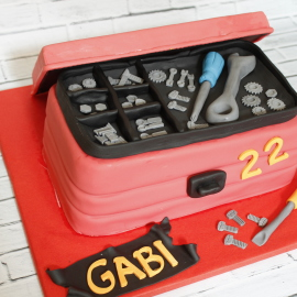 Tarta Caja Herramientas, tartas decoradas madrid, tartas personalizadas madrid, tartas fondant madrid, tartas cumpleaños