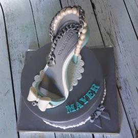 Tartas personalizadas madrid, tartas decoradas madrid, tartas fondant madrid, tarta zapato, zapato fondant,