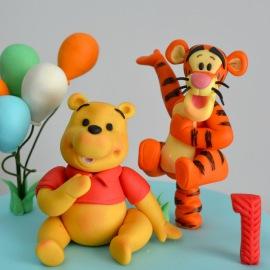 Winnie The Pooh modelado en fondant