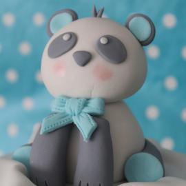 Oso Panda modelado en fondant