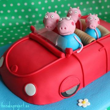 Tarta coche 3D PeppaPig, Tartas personalizadas madrid, Tartas decoradas madrid, tartas fondant madrid, thecakeproject, Reposteria Creativa, tartas infantiles, tartas cumpleaños,