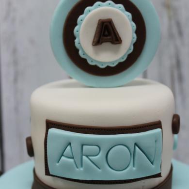 TARTA BEBE BAUTIZO, tartas personalizadas madrid, tartas fondant, tartas decoradas