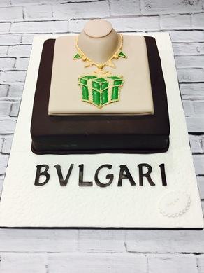 Tarta Bvlgari, tarta empresa, tarta joya, tarta corporativa, tarta logotipo