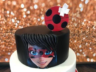 THECAKEPROJECT, Tarta Lady Bug,  tartas personalizadas madrid, tartas infantiles, tartas fondant