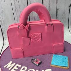 Tartas personalizadas madrid, tartas decoradas madrid, tartas fondant madrid, tartas infantiles, tartas cumpleaños, Tarta Bolso Loewe 3D, TheCakeProject, Repostería Creativa