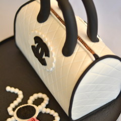 Tarta Bolso Chanel 3D, tartas personalizadas madrid, tartas fondant